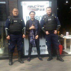 Faydee escortat de 2 masini ale companiei Caldo Privat Security
